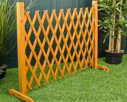 Free Standing Fence Diy Ideas Bob Doyle Home Inspiration Ideas For Build Free Standing Outdoor Fence