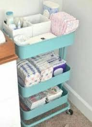 ideas para guardar la ropa del bebé y