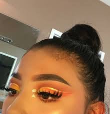 cut crease makeup looks and eyebrows