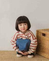 6 kiểu tóc cho bé gái mặt tròn đáng yêu nhất (mẹ nên xem ngay)