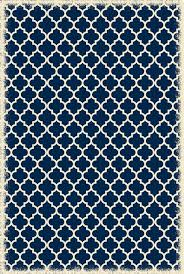 quaterfoil design size rug blue and