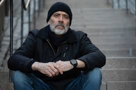 10 great shows or movies to watch featuring Jeffrey Dean Morgan