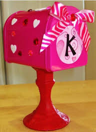 diy valentine mailbo free