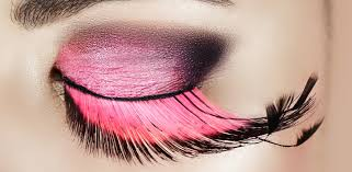 be afraid of a dramatic makeup look