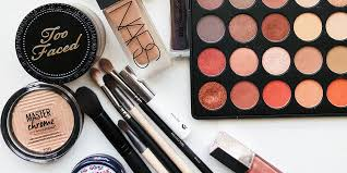 how to pack makeup for plane travel