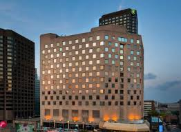 montreal le sud ouest hotels with spa