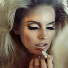 use 1970s eye makeup saubhaya makeup