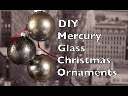 how to make tree ornaments