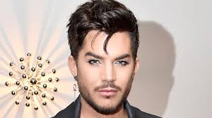 Where does Adam Lambert live and how big is his house?