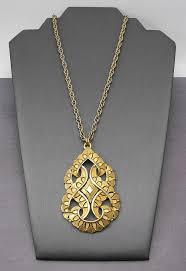 pendant statement necklace