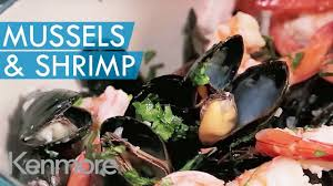 Mussels & Shrimp in White Wine Sauce ...