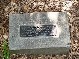 Memorial Sean Flynn - Katonah - TracesOfWar.com