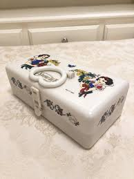 plastic jewerly or make up case disney