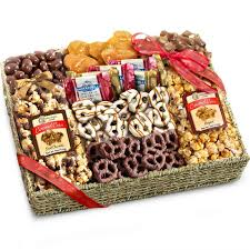 20 holiday gift baskets for the