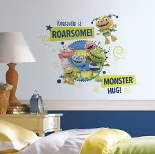 Henry Hugglemonster Family Wall Graphix Peel And Stick Giant Wall Decals Wall Decal Allposters Com