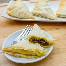 curry beef phyllo pocket triangles recipe