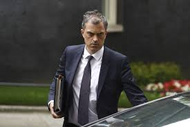 Julian Smith has kept his job but lost his credibility