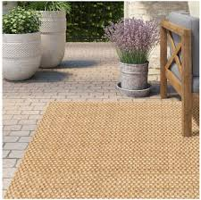 outdoor carpets when the terrace
