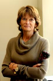 Murkowski strays from party lines in bid to restore Voting Rights Act