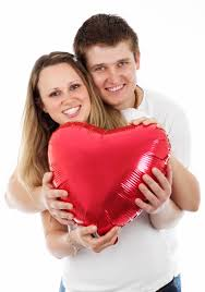 Couple holding heart balloon on Valentine's day image - Free stock photo -  Public Domain photo - CC0 Images