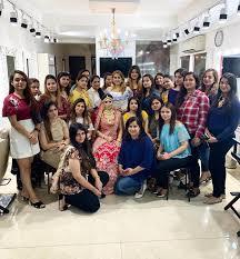 best makeup academy in delhi ncr
