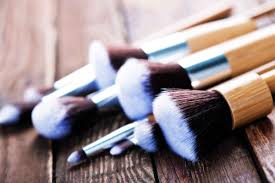 importance of cleaning makeup brushes