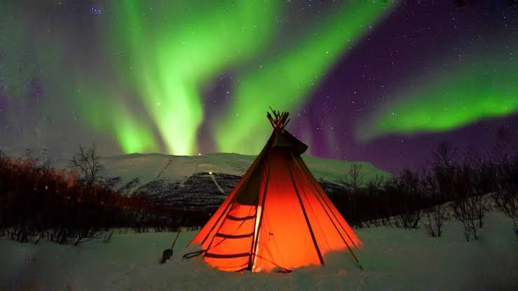 """norveç kuzey ışıkları ile ilgili görsel sonucu"""""""