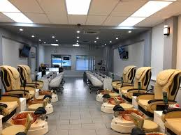 nail salon in sirocco dr sw calgary