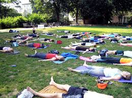 yoga in the park hot spot dupont