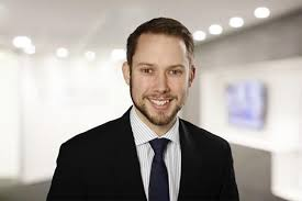 Adam Williams | Employment Partner, Guildford | DMH Stallard