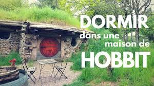 dormir dans une maison de hobbit