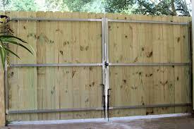 wood fences tampa florida