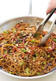 easy rainbow vegetable noodle stir fry