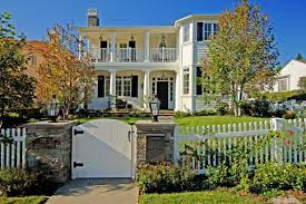 Traditional Country Home With White Picket Fence Jill Wolff Hgtv