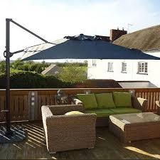 tilting cantilever parasol 275cm square