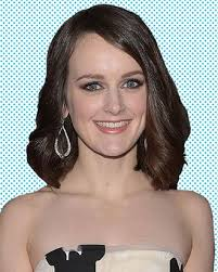 Sophie McShera on the Downton Abbey Finale, Daisy Finding Love, and  Cinderella