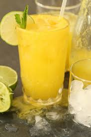 pineapple ginger cleansing juice the