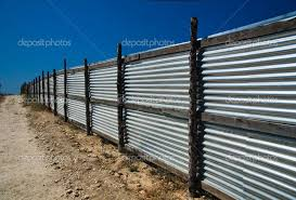 7 Supreme 5ft Fence Ideas Ideas 5ft Countryfrontyardideasentrance Fence Ideas Supreme In 2020 Metal Fence Corrugated Metal Fence Fenced In Yard