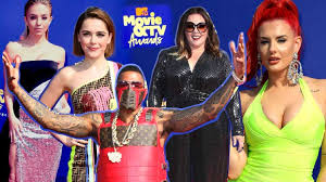 fashion frenzy at 2019 mtv and tv