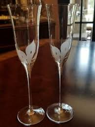Pair Elegant Mikasa Calla Lilies Champagne Flutes White Frosted Decal Ebay
