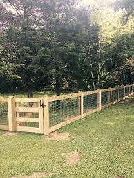 Beautiful Farm Fence Done In Nashville Modern Design Modern Design In 2020 Farm Fence Backyard Fences Fence Design