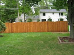 Red Cedar Sadler Fence And Staining