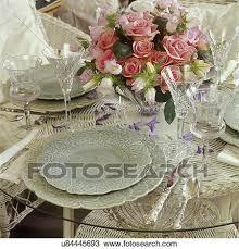 table settings pale green leaf