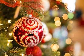 Безплатна снимка : дърво, клон, светлина, празник, светя, коледна елха, украшение, Коледна украса, блясък, ярък, сезонен, събитие, декември, лъскав, Коледа светлини 5760x3840 - - 843837 - Безплатни изображения - PxHere