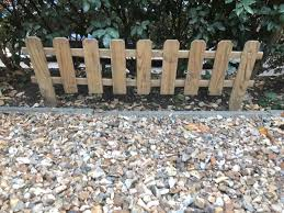 Picket Fence Wooden X5 In Runnymede For 25 00 For Sale Shpock