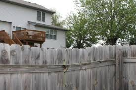 Fixing Leaning Fence Restaining Doityourself Com Community Forums