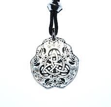 fighting eagle celtic knot pendant