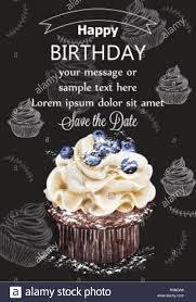 Feliz Cumpleanos Cupcake Tarjeta Vector Delicioso Postre Delicado