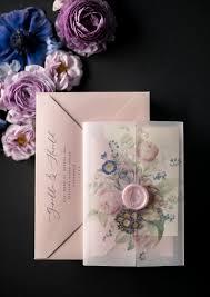 صور ثيمات ورد بنفسجي لزفاف ملكي 2019 مشاهير
