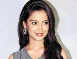 Aarti Mann Biography, Age, Height, Weight, Wiki, Husband, Family ...